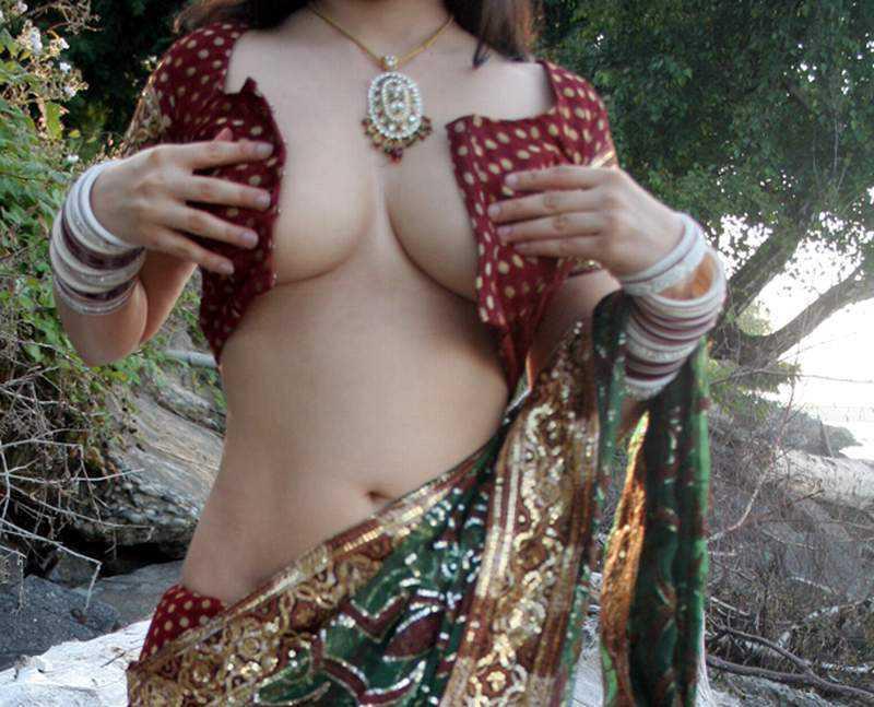 Nisha bengali married girl nude selfie